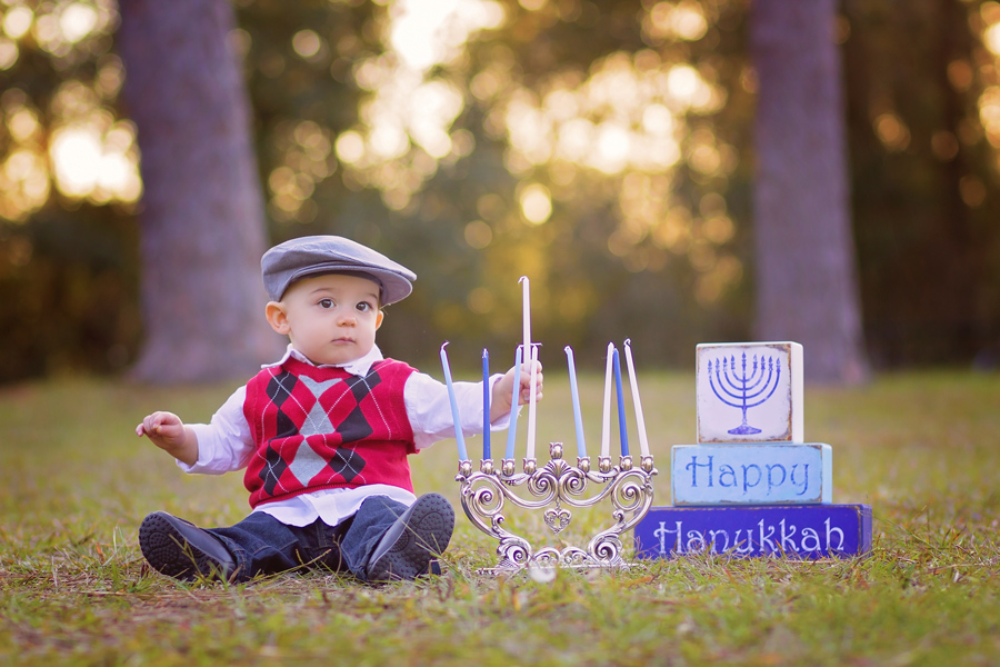 tampa hannukah photo session with toddler boy
