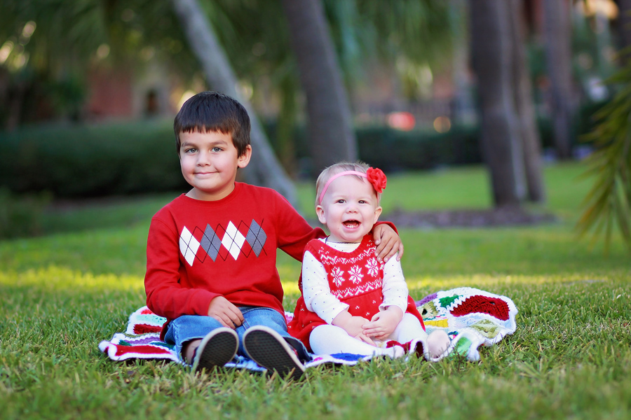 Tampa Christmas Portraits by Dana Nicole Photography - 1