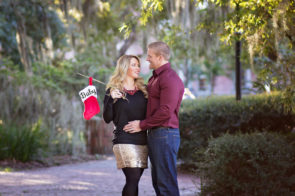 Tampa maternity Christmas mini session Dana Nicole Photography