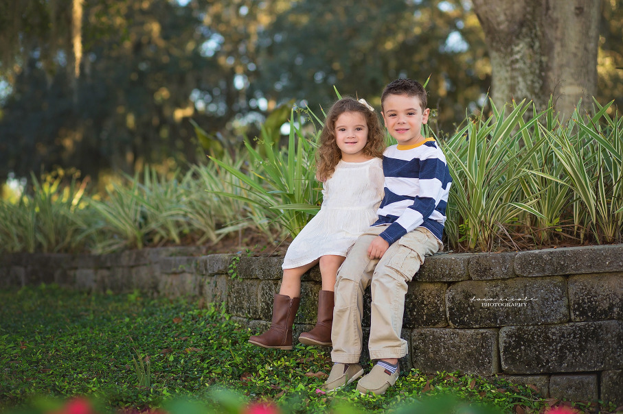 Family Photo Session at Highland Park | Dana Nicole Photography | Tampa, FL