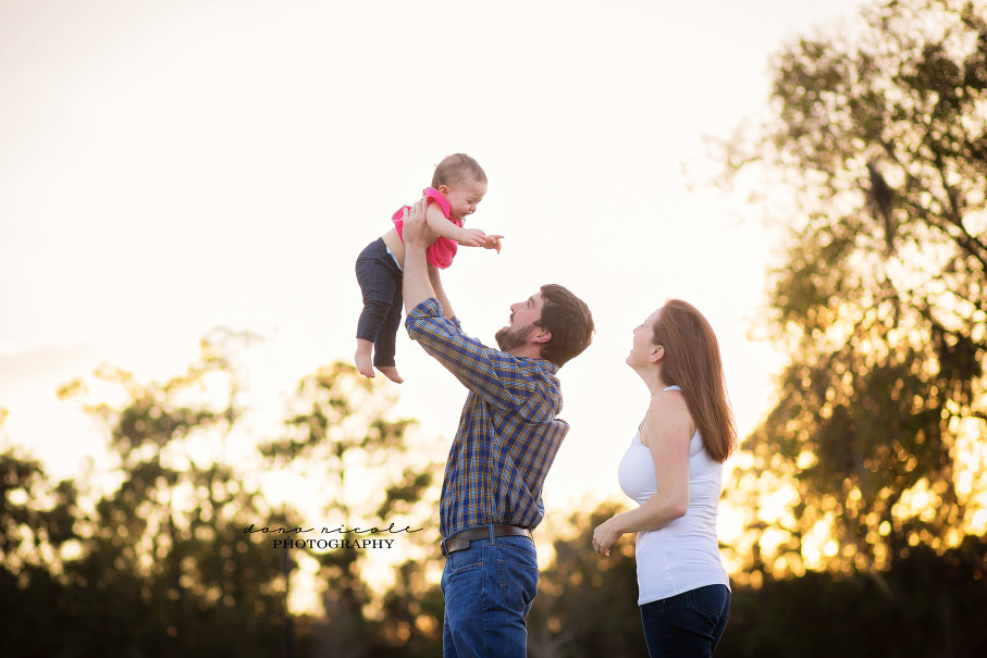 Family Photo Session in Lutz | Dana Nicole Photography | Tampa, FL