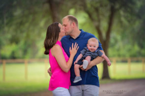 Family Photo Session in Highland Park in Westchase | Dana Nicole Photography | Tampa, FL