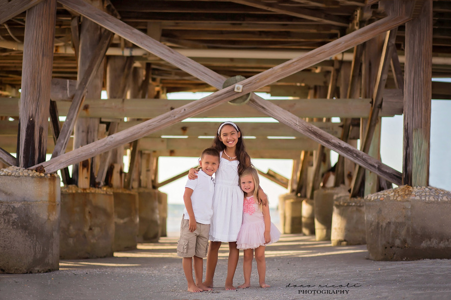 Mommy and Me Photo Session at Redington Beach in St. Pete | Dana Nicole Photography | Tampa, FL