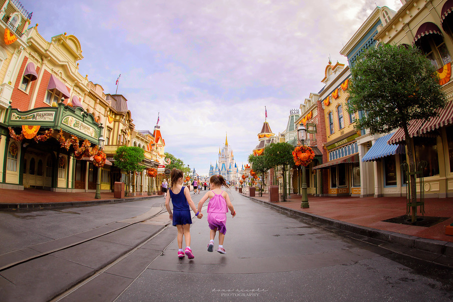 Photo Session in Disney World | Dana Nicole Photography | Tampa, FL