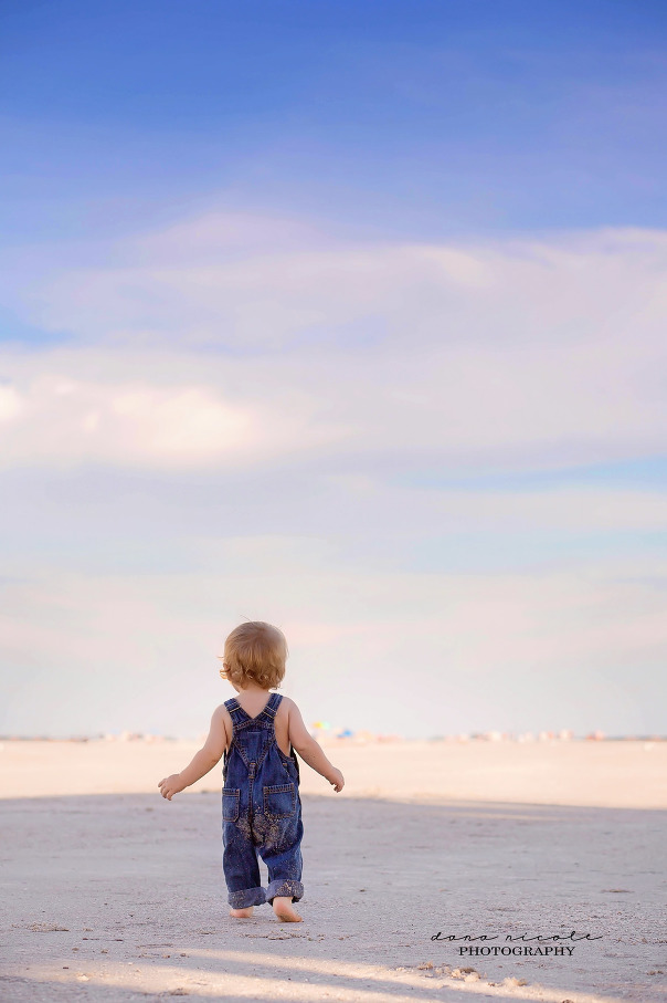 Family and First Birthday Photo Session at Redington Beach in St. Pete   Dana Nicole Photography   Tampa, FL