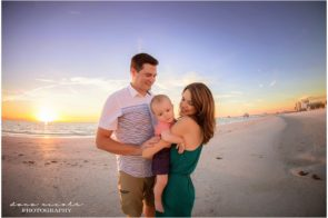 Family Photo Session at Clearwater Beach | Dana Nicole Photography | Tampa, FL