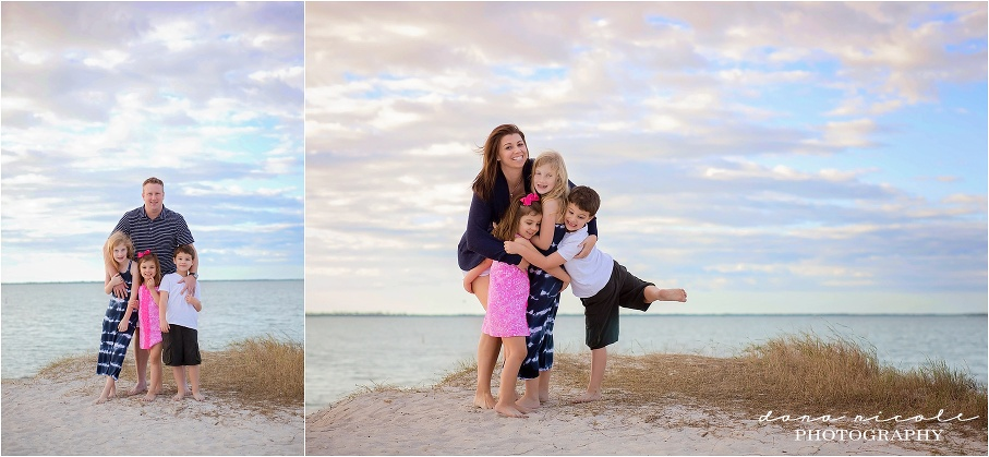 Family Photo Session at Fred Howard Park in Tarpon Springs | Dana Nicole Photography | Tampa, FL