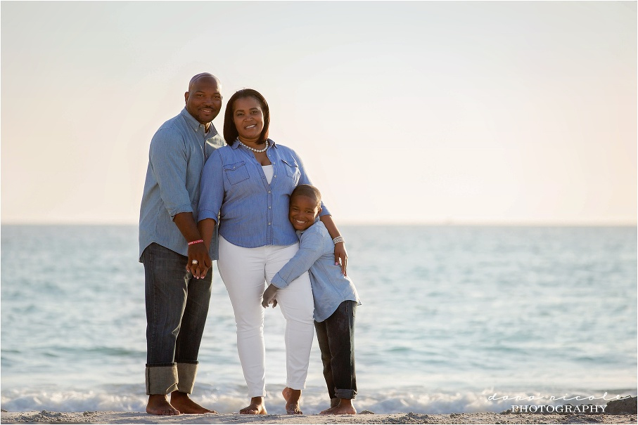Family Session at Redington Beach Pier in St. Pete | Dana Nicole Photography | Tampa, FL