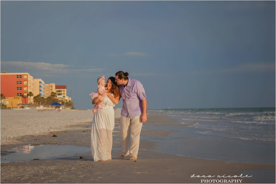 St. Pete Beach Photographer at Redington Beach Pier in St. Pete | Dana Nicole Photography | Tampa, FL