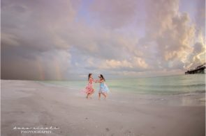Tampa Childrens Photographer at Redington Beach Pier in St. Pete | Dana Nicole Photography | Tampa, FL