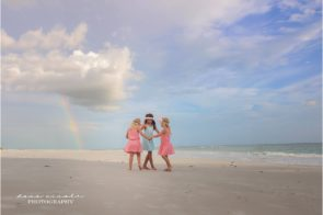 Mommy and Me Photographer Tampa at Redington Beach Pier in St. Pete | Dana Nicole Photography | Tampa, FL