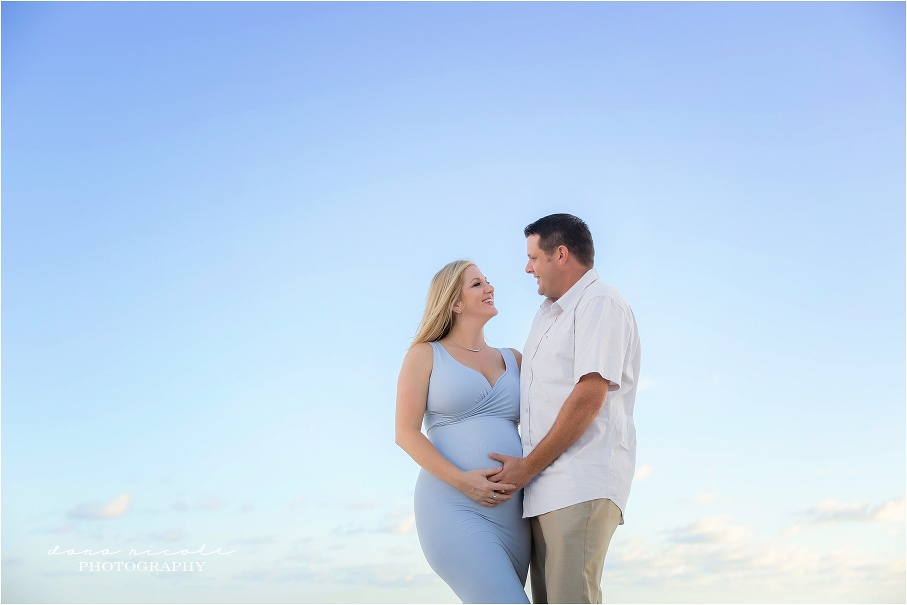 Tampa Maternity Photographer at Redington Beach Pier  | Dana Nicole Photography | Tampa, FL