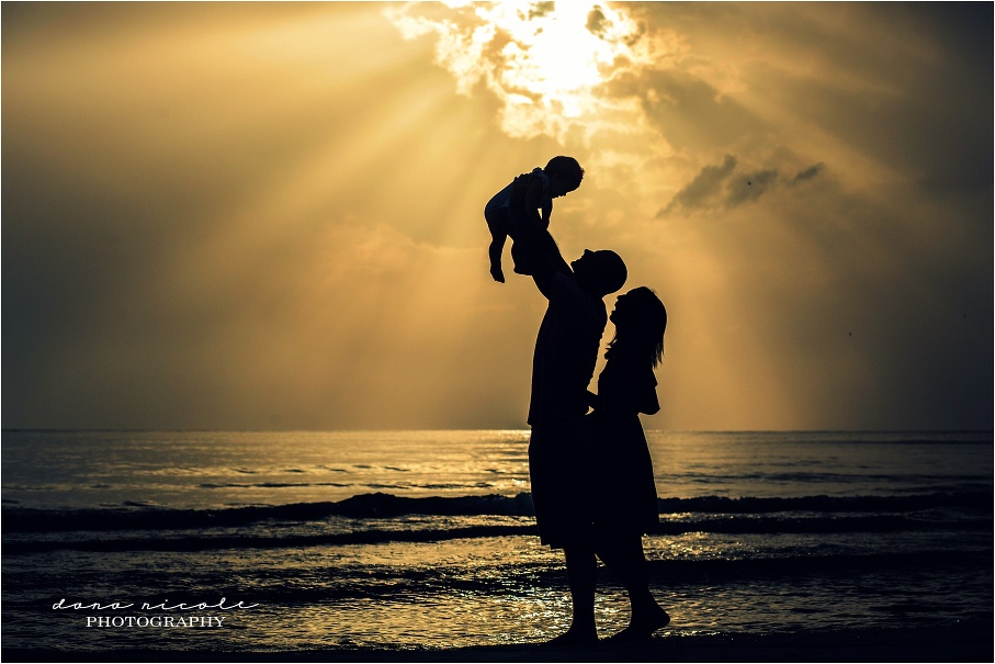 St. Pete Family Photographer at Redington Beach Pier | Dana Nicole Photography | Tampa, FL