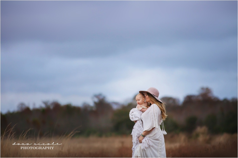 Tampa Family Photographer in Lutz | Dana Nicole Photography | Tampa, FL